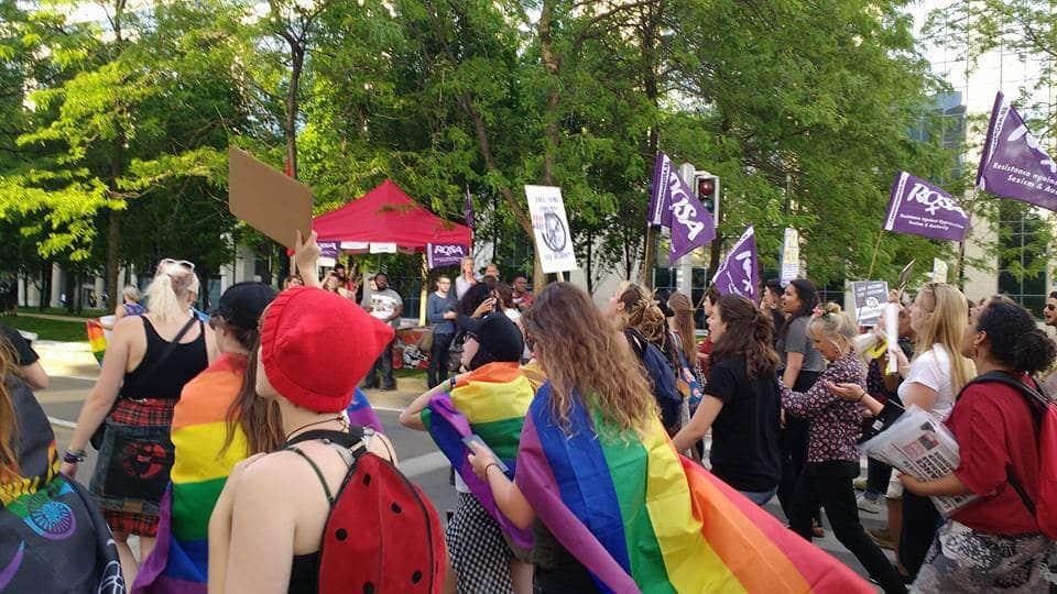 Protesting for Pride : De LGBTQI+ – gemeenschap verzet zich tegen Trump!