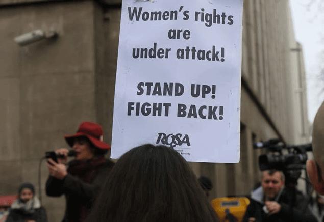 Extreem geval van seksisme: meisje verkocht voor prostitutie