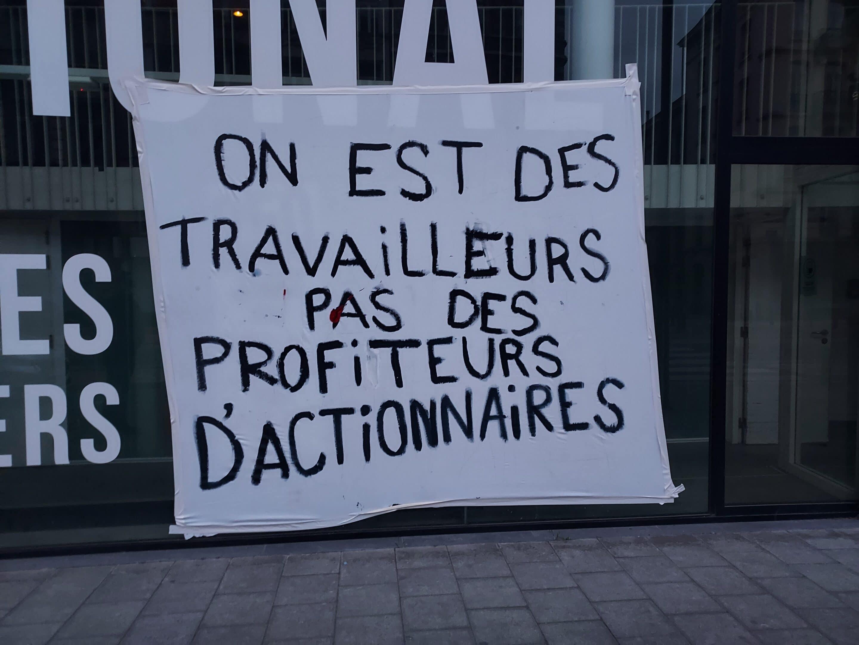 [2/4] Actie in solidariteit met de mensen zonder papieren!
