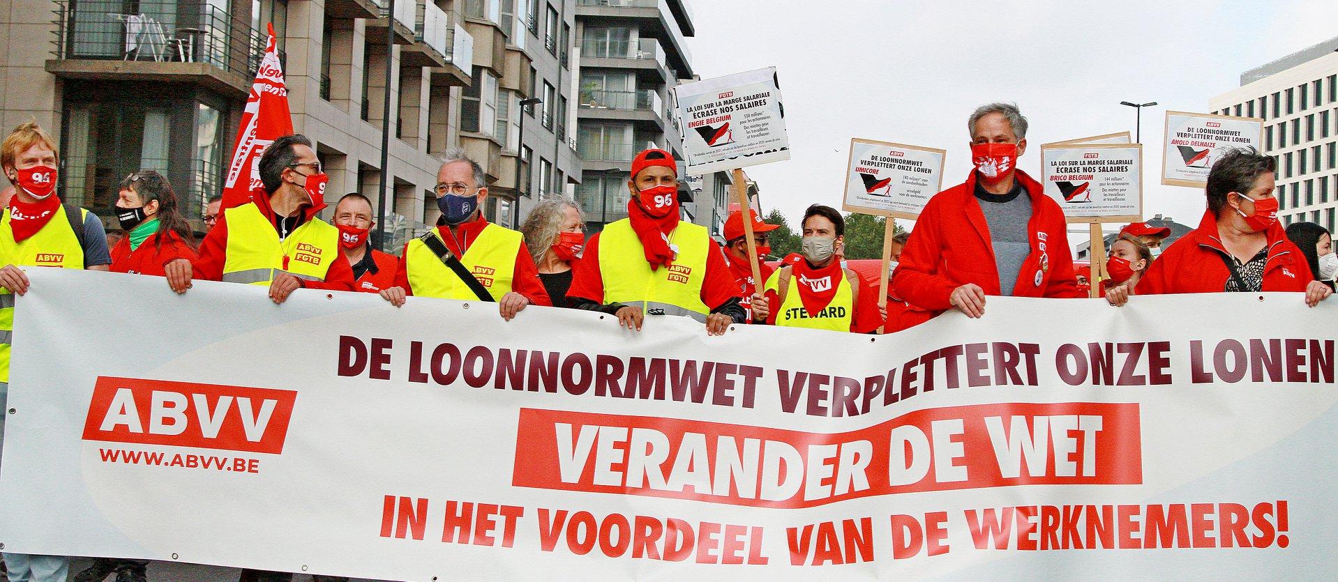 15.000 betogers : Breek de loonnorm, breek de loonwet!
