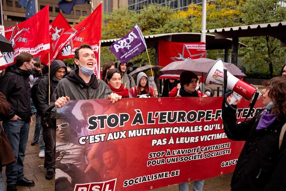 Betoging in solidariteit met mensen zonder papieren